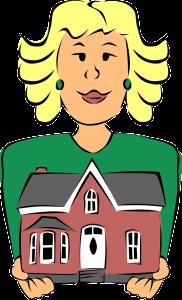 mulher segurando casa