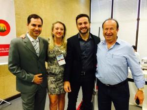 Representantes do Núcleo recebem o palestrante Guilherme Machado (D)